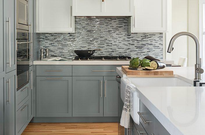 kitchen remodel with custom backsplash