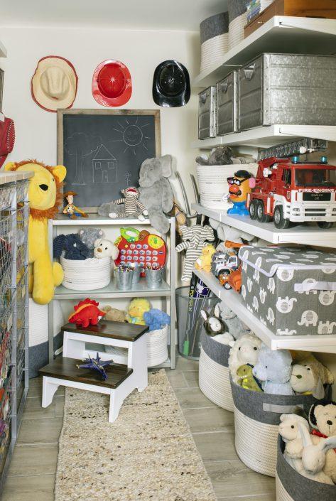 kid's toy room
